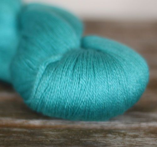 Fyberspates Scrumptious Lace #520 azure